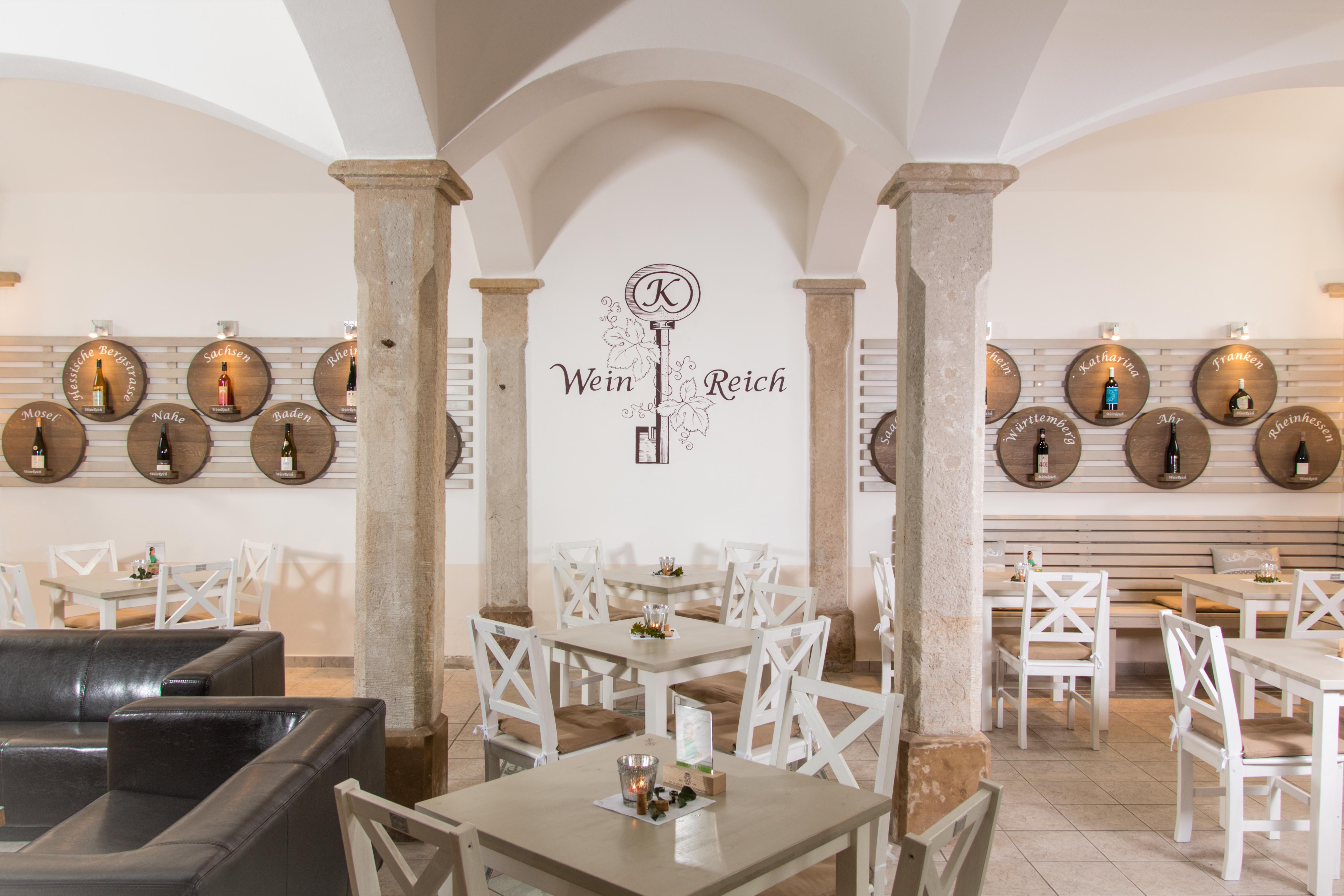 WeinReich ist die kleine Weinwirtschaft am Schloss Diesbar-Seusslitz
